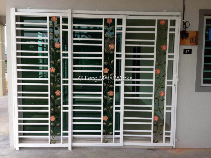 Sliding door grates patio doors br ton for Door design grill